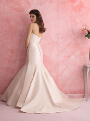 2803 Champagne/Ivory/Silver back