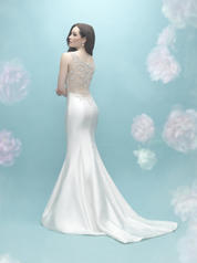 9451 Ivory/Silver back