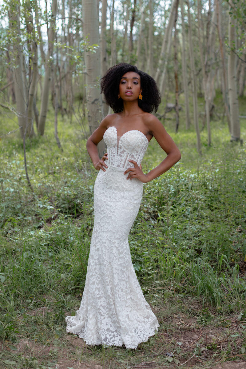 Wilderly Bride by Allure F222
