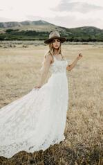 1330 Ivory Lace And Tulle Over Honey Gown front