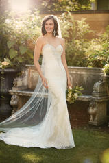 D2006 Ivory Lace and Tulle over Caf� Lavish Satin front