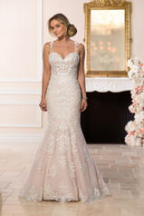 6590 Ivory Lace On Moscato Gownwhite Lace On White Gown front