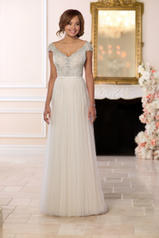 6628 Ivory Lace And French Tulle Over Moscato Gown With front
