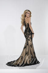 16274 Black/Nude back