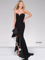 JVN46289 Black/White front