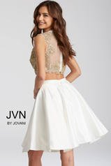 JVN45597 White/Gold back