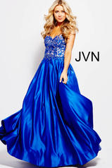 JVN45591 Royal front