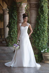 4001 Sincerity Bridal