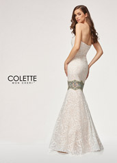 CL18208 Ivory/Nude/Multi back