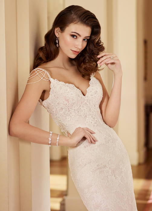 Florence - Martin Thornburg for Mon Cheri Bridal