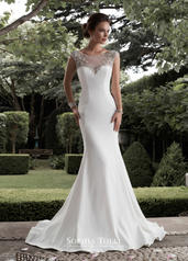 Y21758 Diamond White front