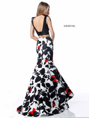 51824 Black/Red Print back