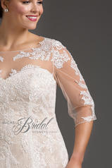 MB1718 Ivory/Champagne detail