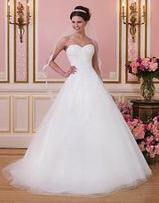 6035 The dress below is available in the colo