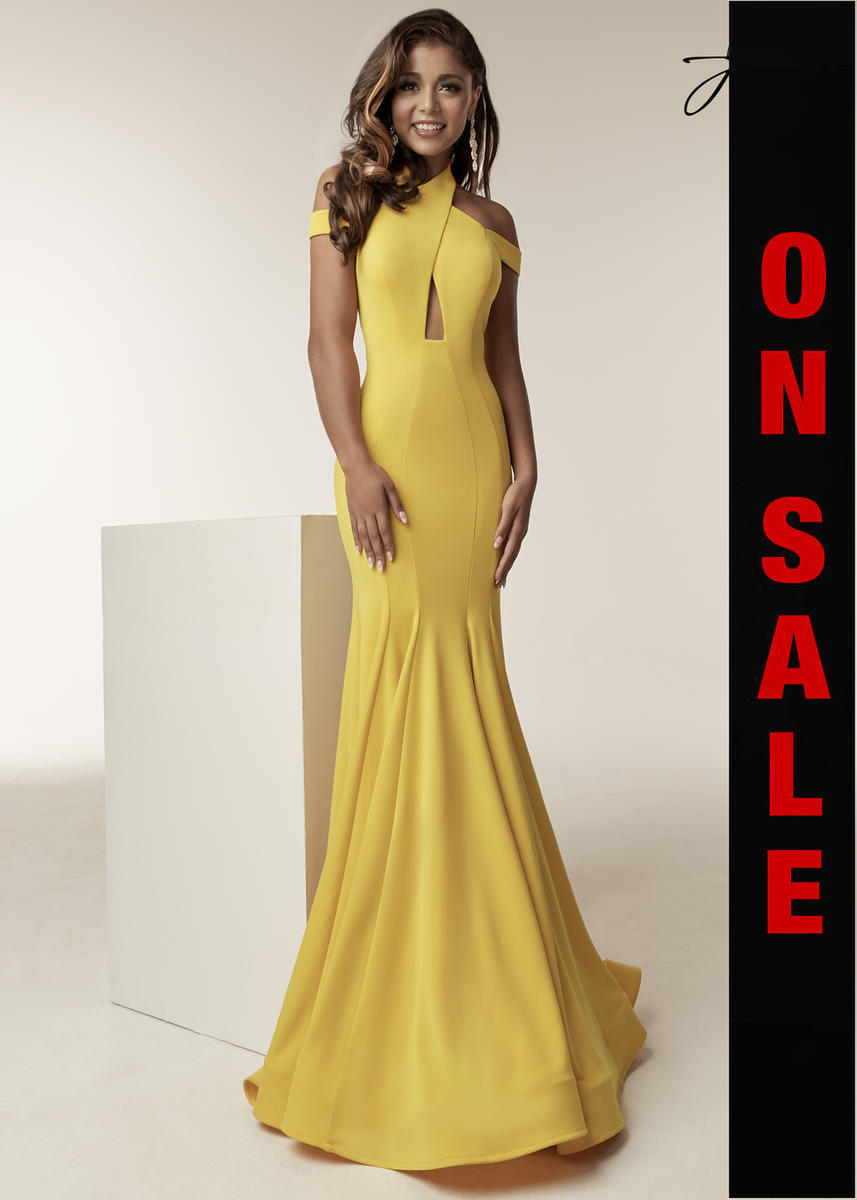 Jasz Couture 6238 - on Sale