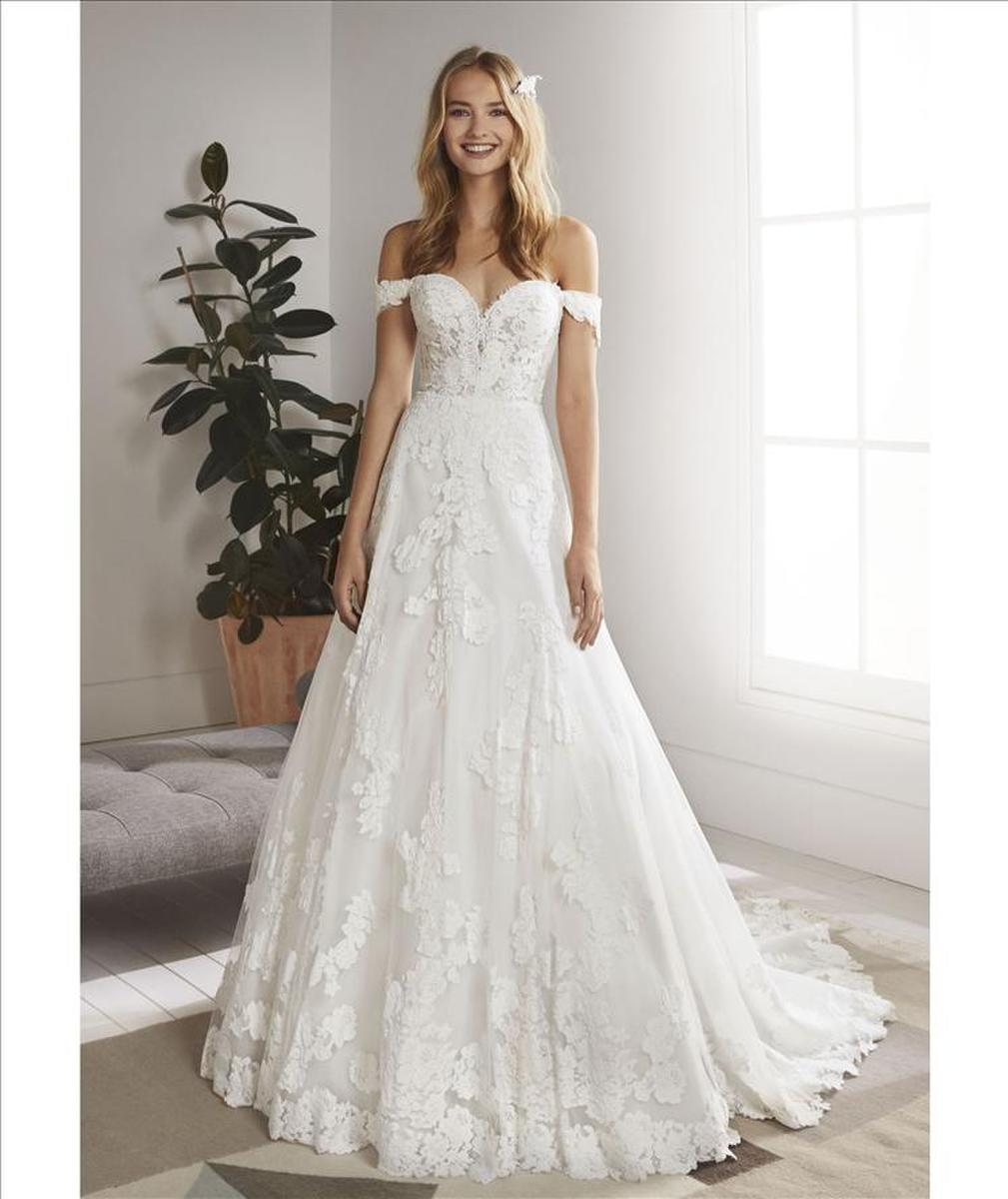 Pronovias White One Oliola