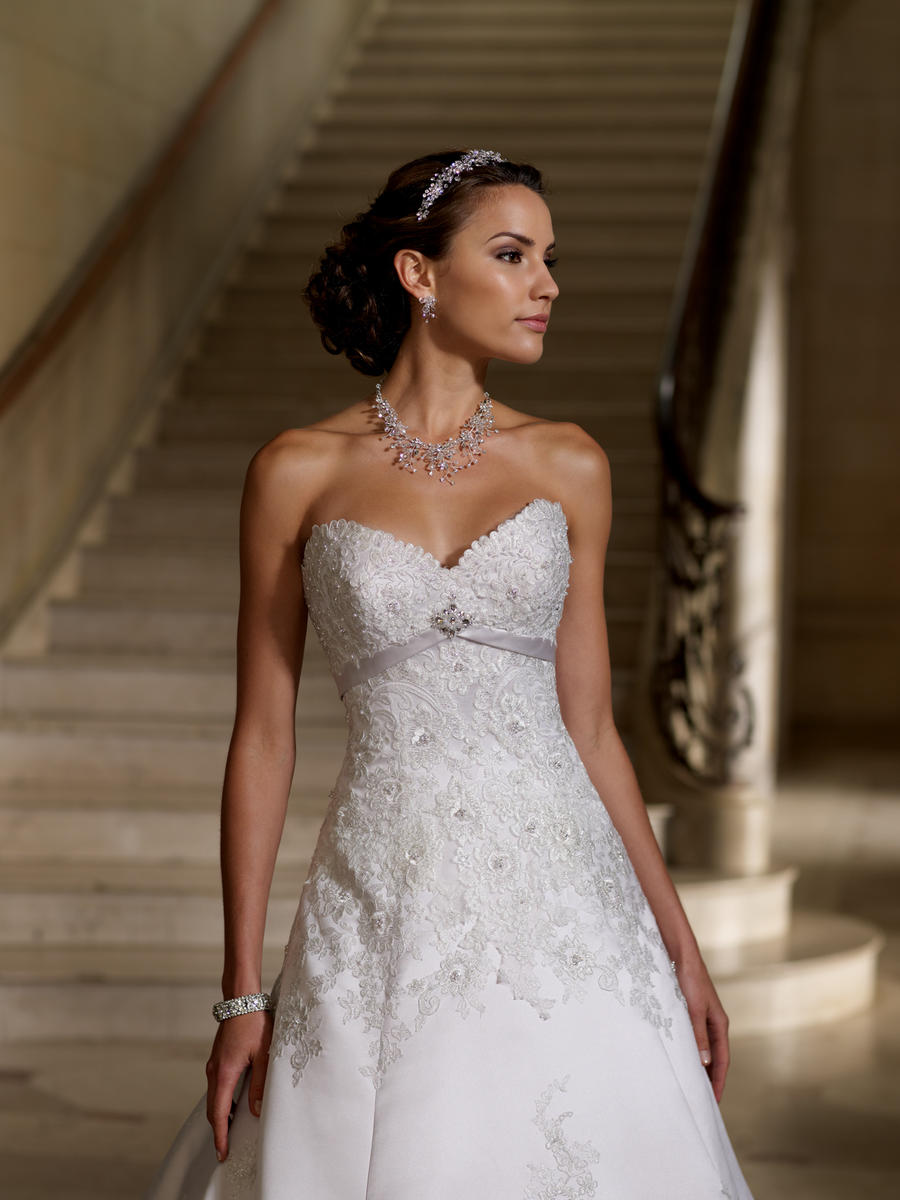 David Tutera by Mon Cheri Bridal Gown