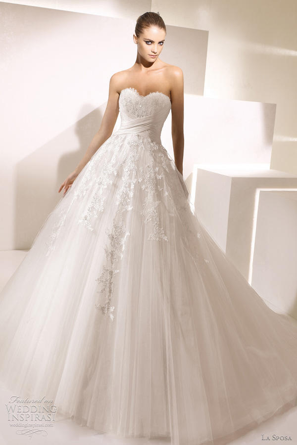 La Sposa Wedding gown