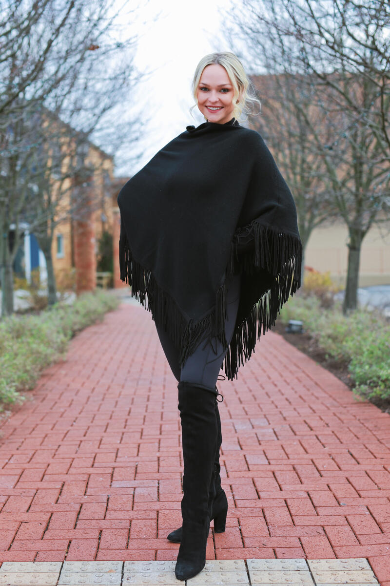 Poncho with suede Fringe