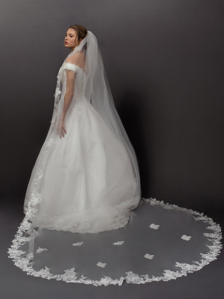 ANSONIA BRIDAL VEIL - 1 Tier Flowers
