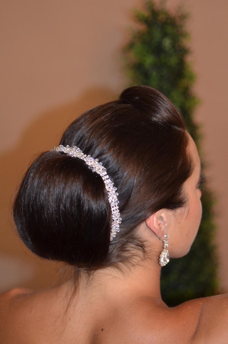 ANSONIA BRIDAL VEIL - 1/15 CRYSTAL RHN HEAD BAND