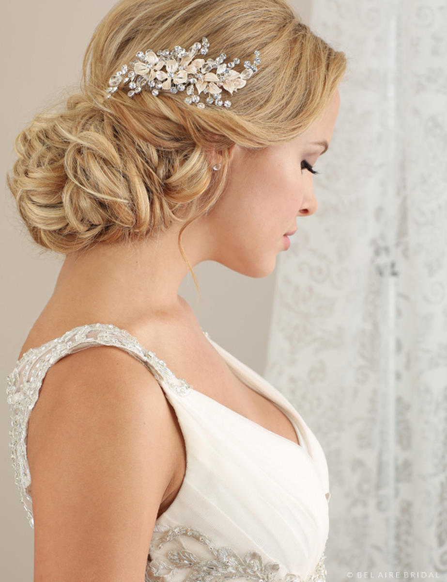 BELAIRE BRIDAL - COMB-FLWRS/RHINES/SPRAY
