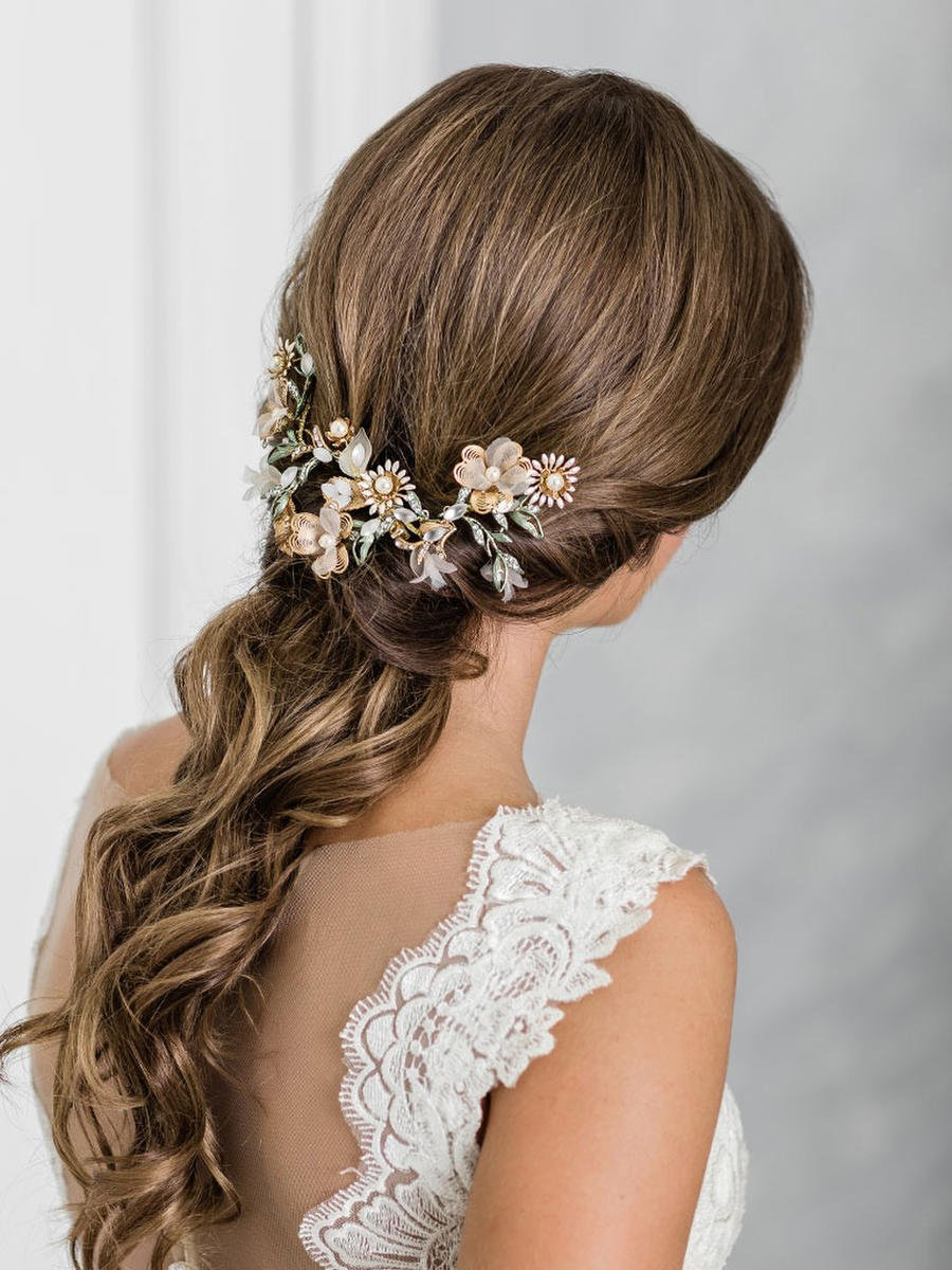 BELAIRE BRIDAL - Clip Of Flowers And Leaves