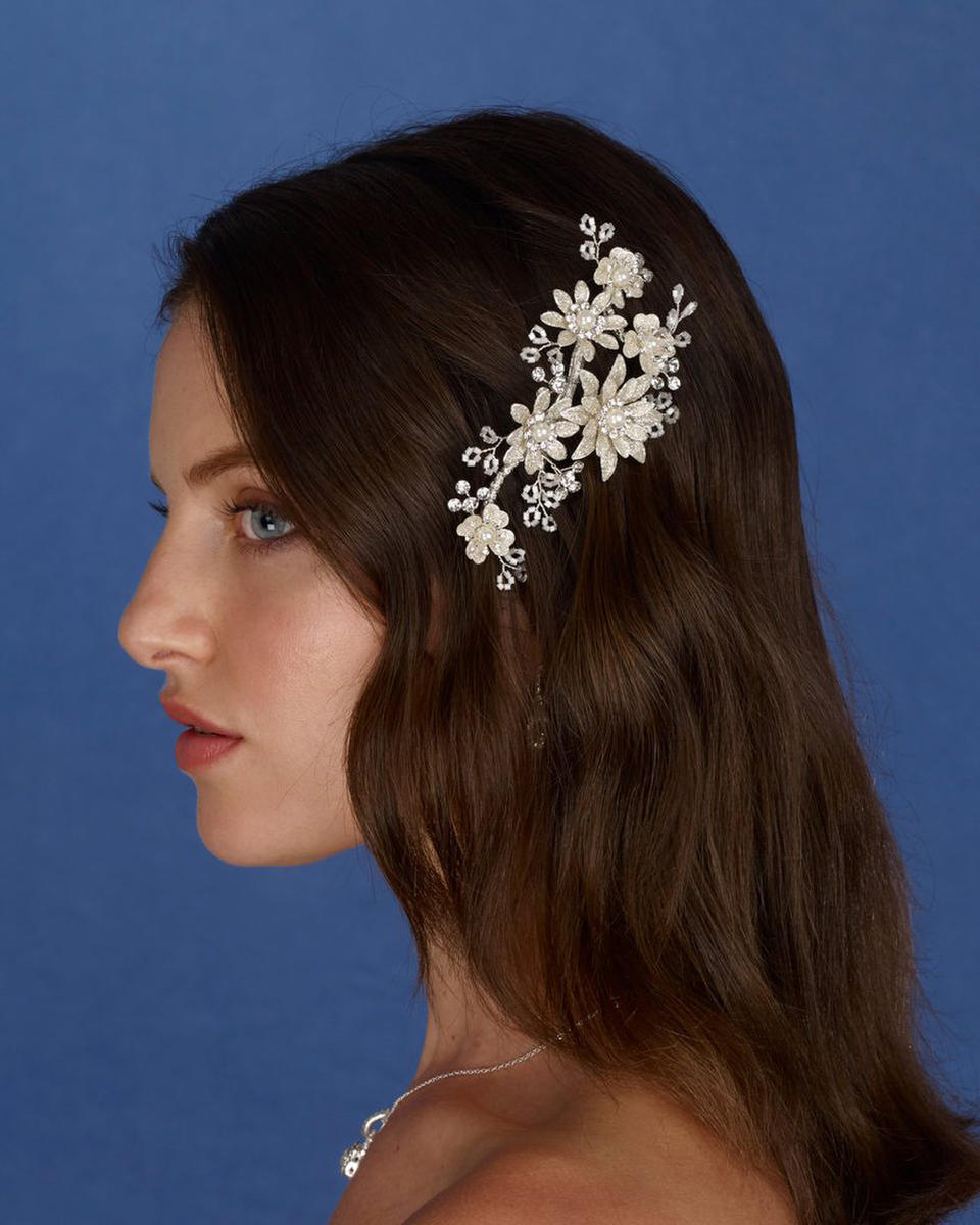 THE BRIDAL VEIL CO - Flower Glitter Hair Clip