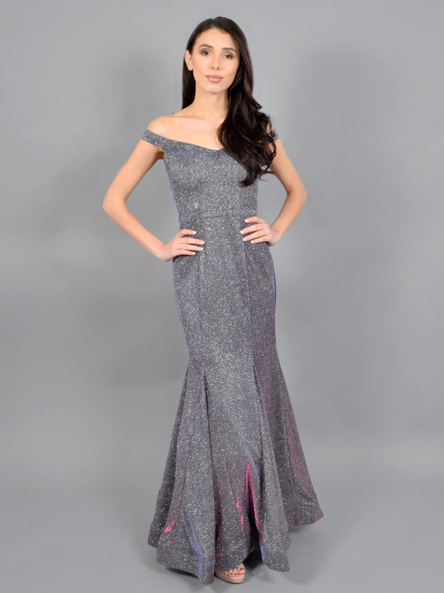 CACHET - Off-Shoulder Metallic Lycra Gown