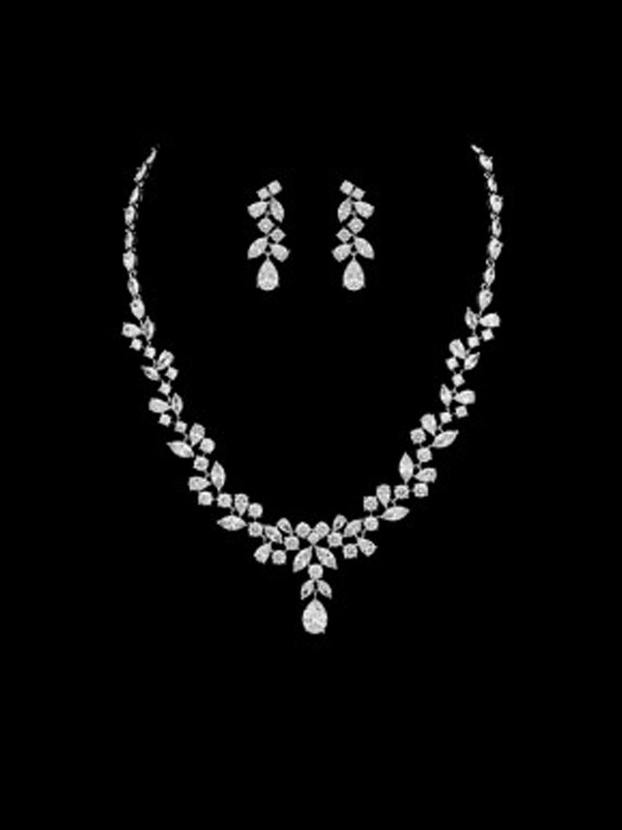 DS BRIDAL    DAE SUNG . - 2PC SET EARRING&NECKLACE