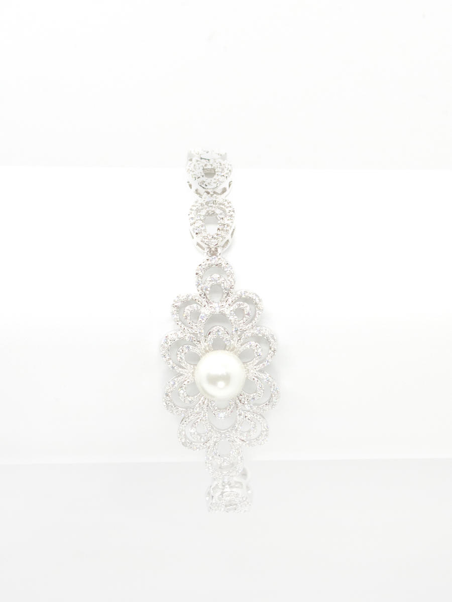 DS BRIDAL    DAE SUNG . - Cubic Zirconia Pearl Detail Bracelet