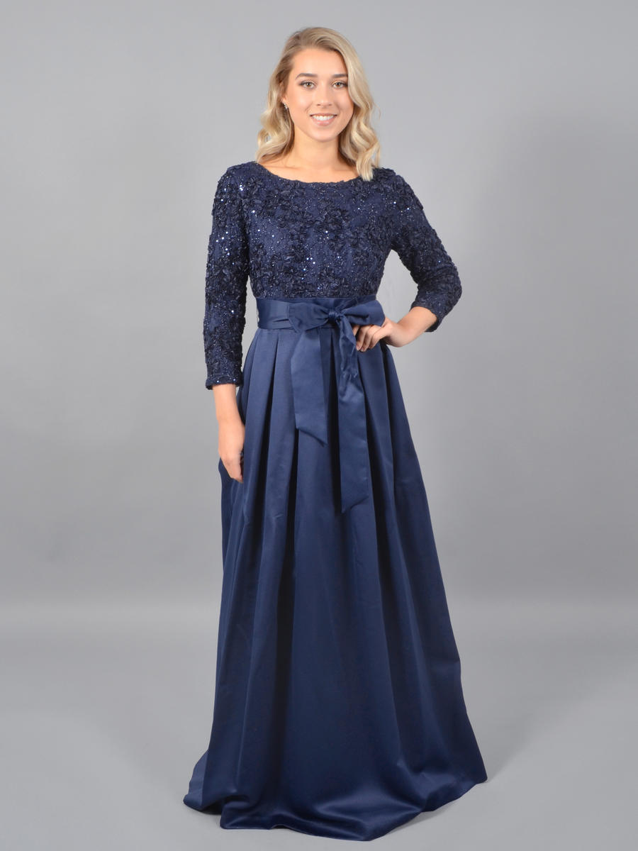 JESSICA HOWARD - Long Sleeve Satin Gown-Lace Bodice