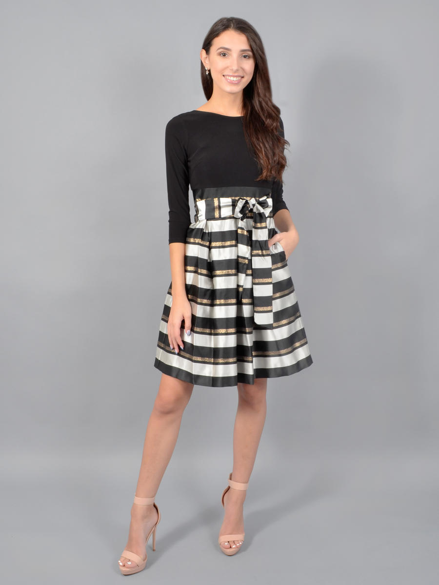 JESSICA HOWARD - Long Sleeve Satin Plaid Dress