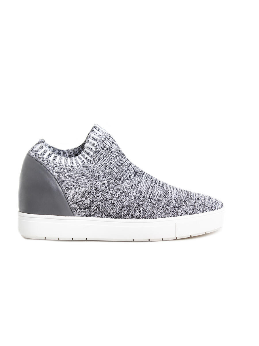 STEVE MADDEN          14TH  FLOORS nyc - Slip on Snug Fit Sneaker